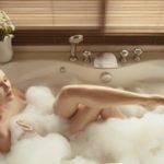 バスタイムこそお肌のケアを。お風呂で出来るしわに効く簡単マッサージ5選