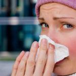 つらい花粉症を和らげる。花粉対策に使える便利グッズ5選