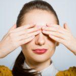 1日たった5分!?目の周りのしわを改善するお手軽方法